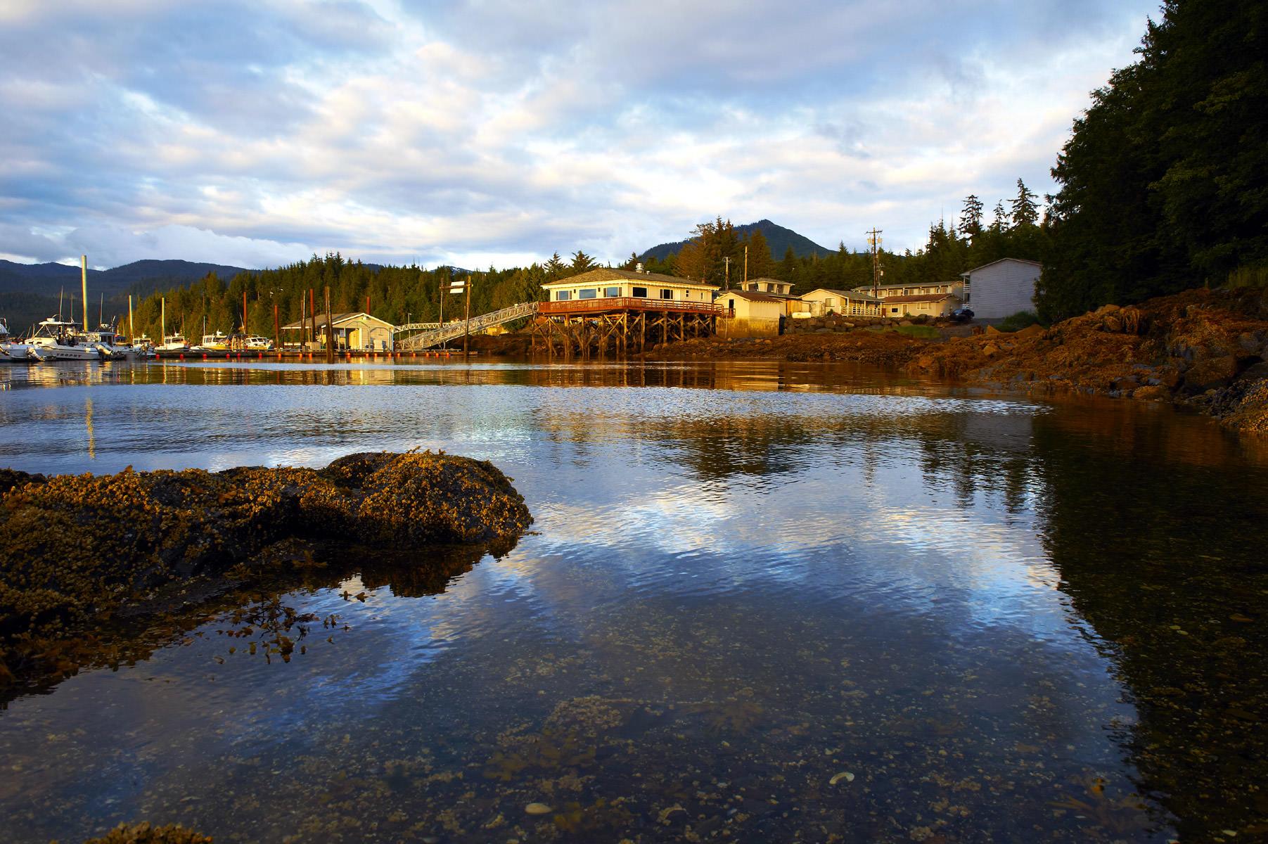 Alaska fishing lodge charter fishing in ketchikan alaska for Best fishing lodges in alaska